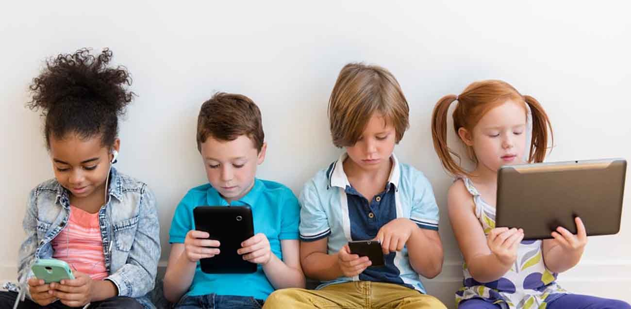 smartphone-ai-bambini-1587136340.jpg